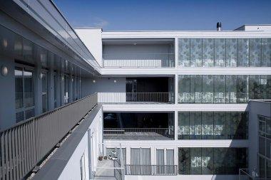 woonzorgcentrum-Gendt-1-gevel-aan-de-Poelwijklaan